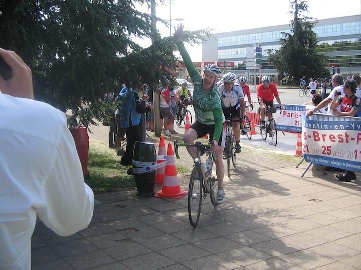 John O'Sullivan crosses the finish line